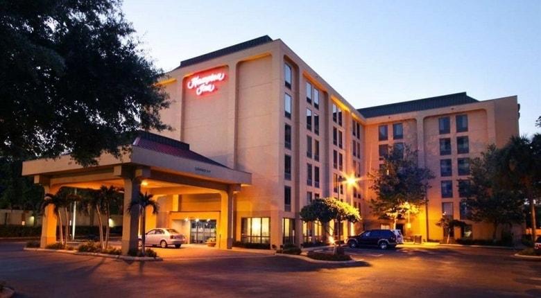 Hampton Inn Investing Arizona, New Mexico